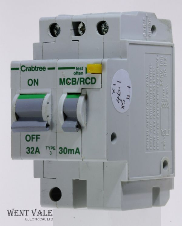Crabtree Polestar - 6023/323 - 32a 30mA Type 3 Double Pole MCB/RCD (RCBO) Used